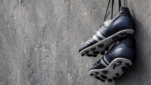 Sports Shoes header