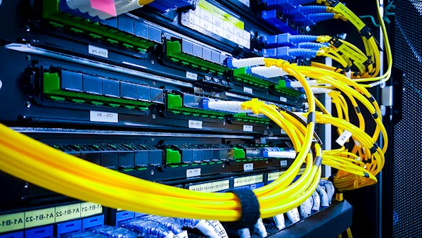Yellow cabling